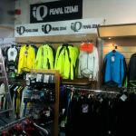 LED Spots zur Aufhellung einer Verkaufshalle – Teil 1 von 4
