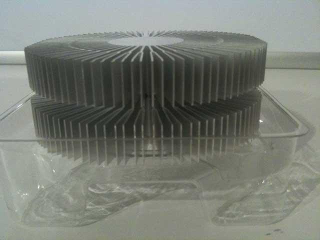 Zwei Kühlkörper übereinander